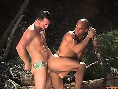 blowjobs cumshot gays outdoor tattooed