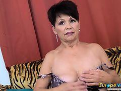 brunette solo big tits masturbate matures