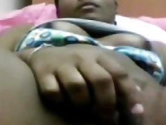 pondicherry girl manjula fingering pussy
