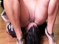 slave mistress facesitting femdom