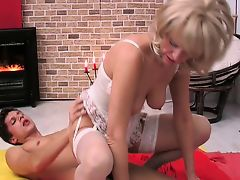 blondes fingering matures old+young