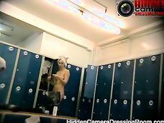 hidden cams babes naked bath