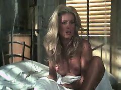 topless lesbians vintage milfs celebrities