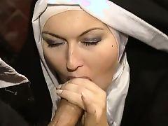 italian nuns