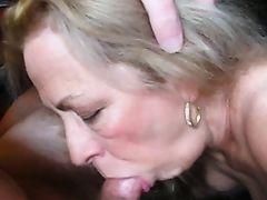 blowjobs blondes granny suck