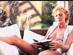 blowjobs hairy matures granny bush