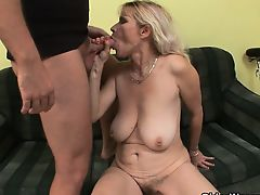 cumshot granny hardcore old+young blondes