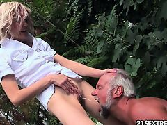 european fingering outdoor small tits blondes