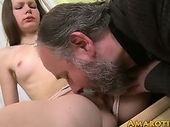 brunette cuckold hardcore old+young babes