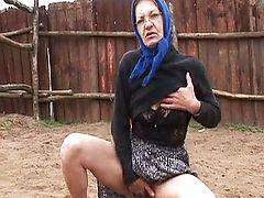 granny masturbate matures tits old