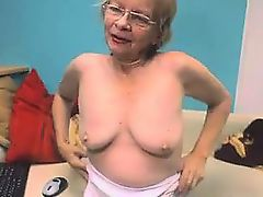 amateur granny stocking webcams homemade