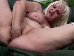 amateur matures old+young babes granny