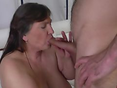 milfs matures old+young granny fucking