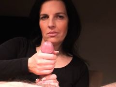 amateur brunette german handjob milfs