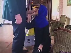 Gorgeous Arab Housewife slave Apolonia Blows Hung Boss