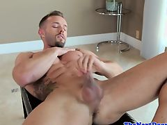 gays masturbate solo muscle