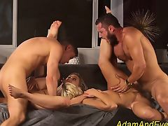 group sex swingers babes blondes blowjobs