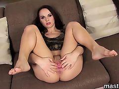 brunette solo hardcore masturbate